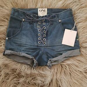 NWT One Teaspoon super freaks lace up jean shorts